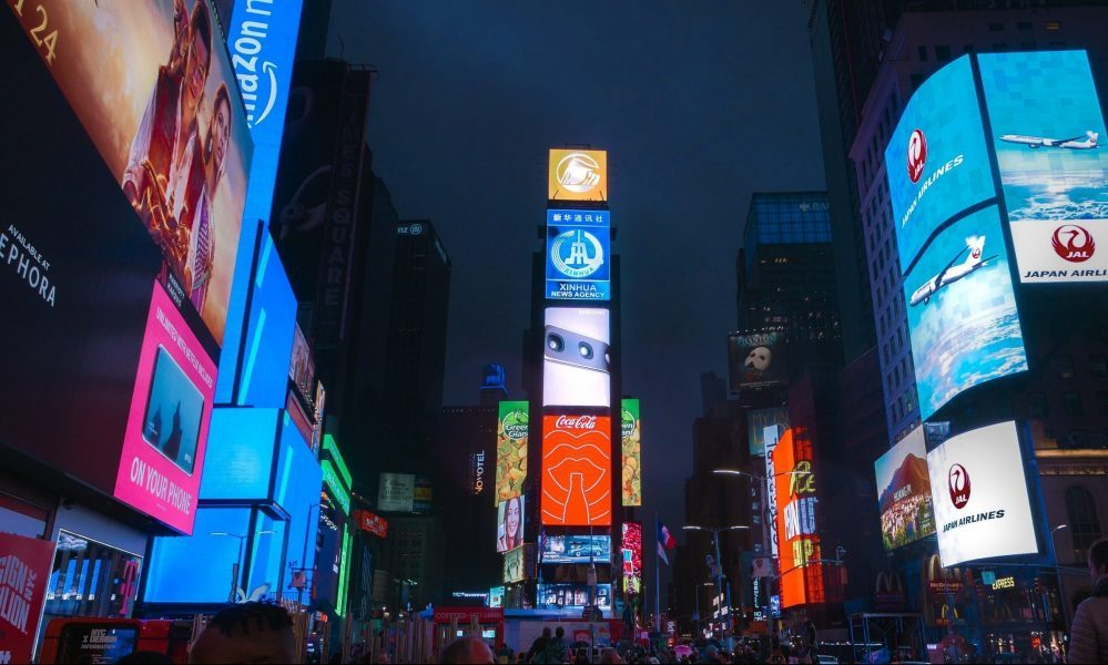 Reasons Why You Should Invest in Digital Signage Solutions - Rev Interactive rusted Digital Signage Solution in Malaysia